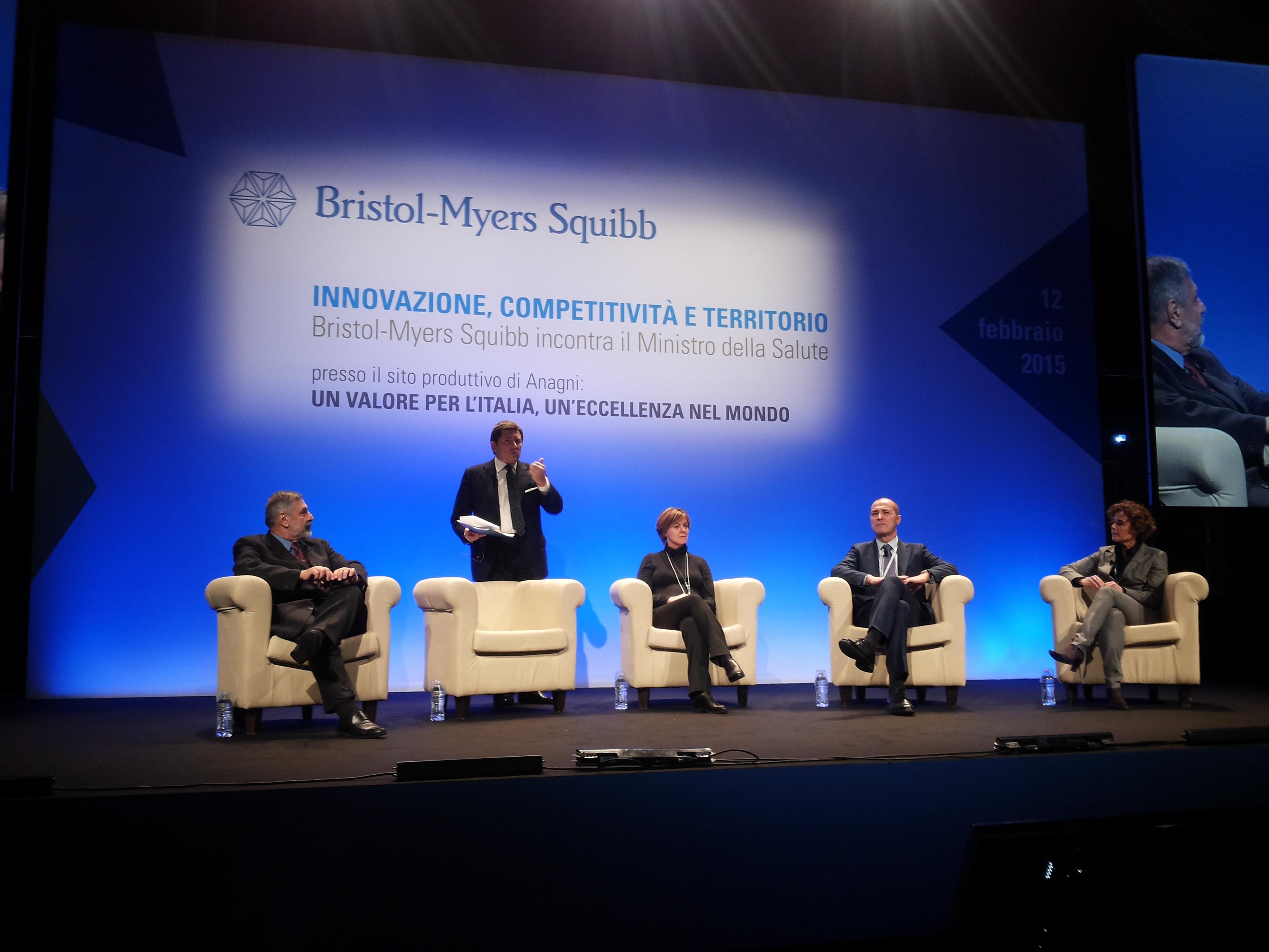 Lorenzin, portare la ricerca farmaceutica in Italia per rilanciare la competitività