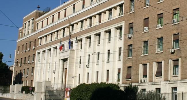 L'Iss chiede a Regioni e ministero di vigilare sull'uso delle e-cig