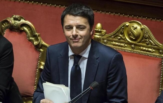 """Fertility Day, Renzi prende le distanze: """"Non sapevo niente della campagna"""""""