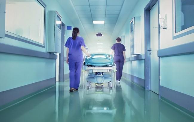 Farmaci a prescrizione, Melazzini (Aifa) apre all'ipotesi infermieri
