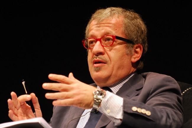 Lombardia, rimpasto di giunta: Maroni mantiene interim Salute e Welfare