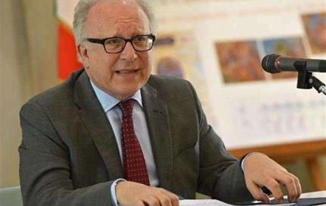 Il ministro Lorenzin accoglie le dimissioni del presidente dell'Aifa Pecorelli