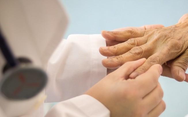 """Reumatologi a congresso: """"Lasciare la decisione delle prescrizioni diagnostiche allo specialista"""""""