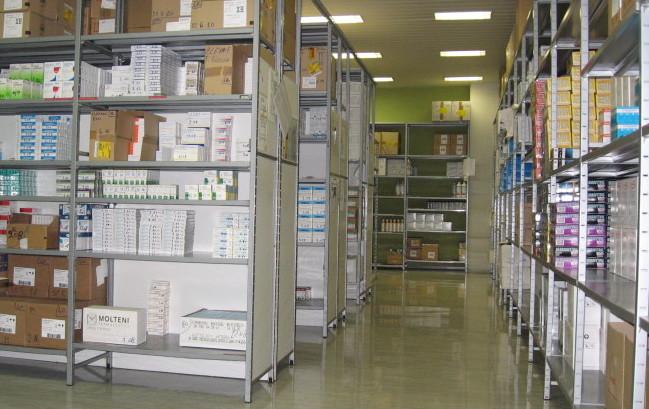 Distribuzione diretta farmaci: studio Sifo, risparmi da 7,8 euro a scatoletta