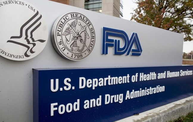 Il Senato Usa conferma Stephen Hahn alla Fda