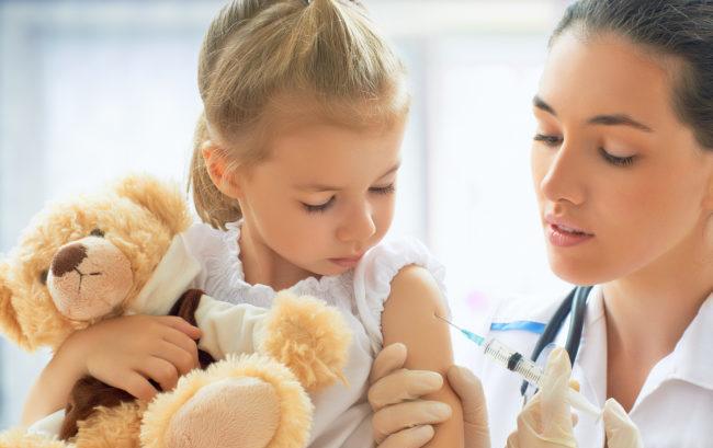 Vaccini obbligatori per accedere a scuola, Lorenzin: pronta la bozza di decreto
