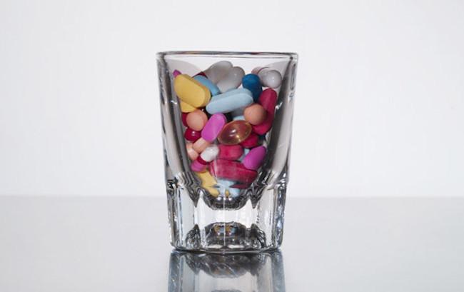 Sempre più anziani usano combinazioni pericolose di farmaci