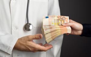 Risultati immagini per corruzione in sanità