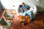 Sedentari 4 italiani su 10, preferiscono il divano alla corsa