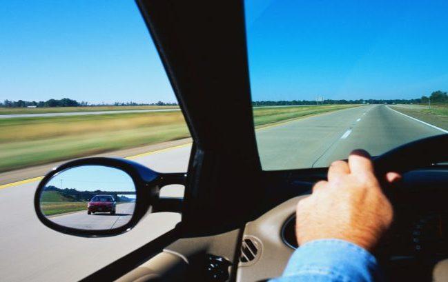 Apnee notturne, in aumento la correlazione con gli incidenti stradali (e curarle costa sempre di più)