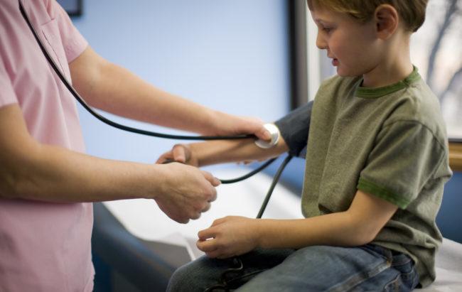 Anche i bambini soffrono di ipertensione: in Italia sono il 4%