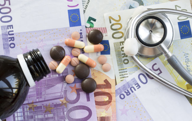 Spesa farmaceutica: bene solo la convenzionata, ancora in rosso in ospedale