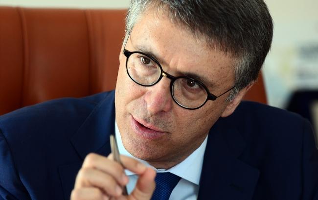 """Cantone, corruzione: """"Per vincerla non bastano atti formali e indignazione"""""""