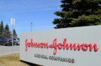 Virus, Johnson & Johnson testerà sull'uomo il suo vaccino entro settembre