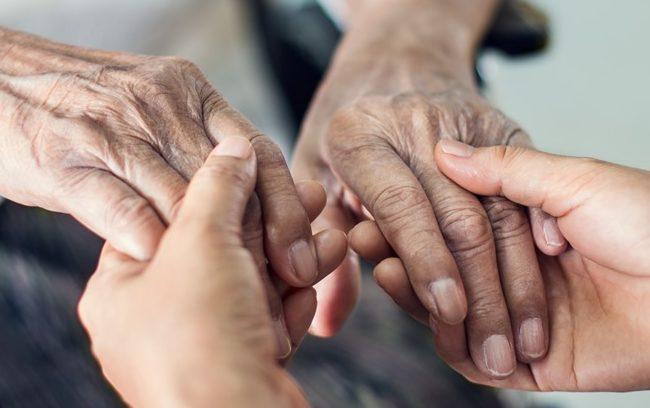 Cure domiciliari, un processo ancora frammentato e complesso (con ricadute sul paziente)