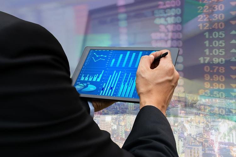 Sanofi vende azioni Regeneron per 11,7 miliardi di dollari
