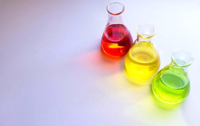 """Chemofobia, la convinzione che """"naturale"""" sia più sano di """"chimico"""""""