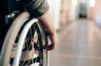 Gli iter di fornitura degli ausili per disabili non garantiscono personalizzazione e tempistiche celeri