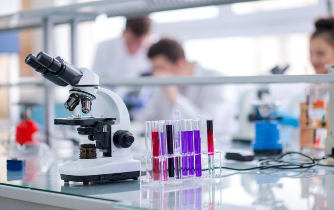 Biopsia liquida, la Fda approva un test per pazienti con tumore in stadio avanzato