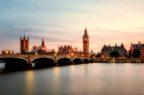 Vaccino Pfizer/Biontech approvato nel Regno Unito