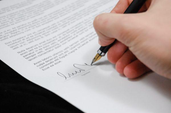 Virtual manufacturer: cosa deve contenere il contratto