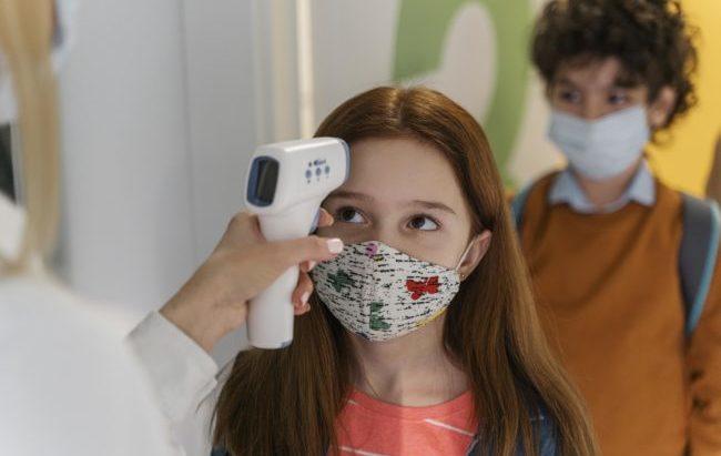 Covid-19: ecco come i bambini neutralizzano il virus