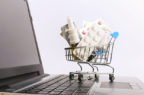 """Farmaci contraffatti, Aifa avverte: """"In crescita segnalazioni di medicinali non autorizzati acquistati in rete"""""""
