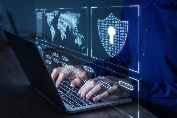 Malware, l'incidenza degli attacchi aumenta di sera e nel weekend
