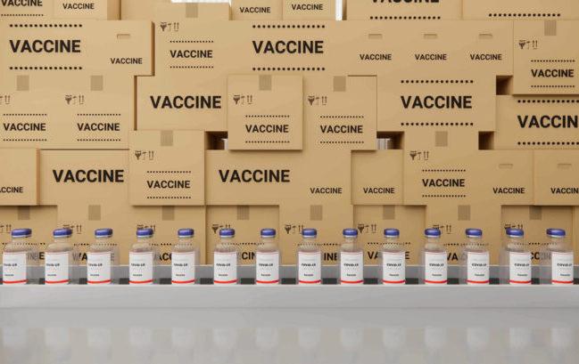 Vaccini in farmacia: con la rete dei grossisti un potenziale da 17 milioni di iniezioni al mese